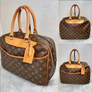 🌺 FIRM🌺 BEAUTIFUL🌺 Louis Vuitton